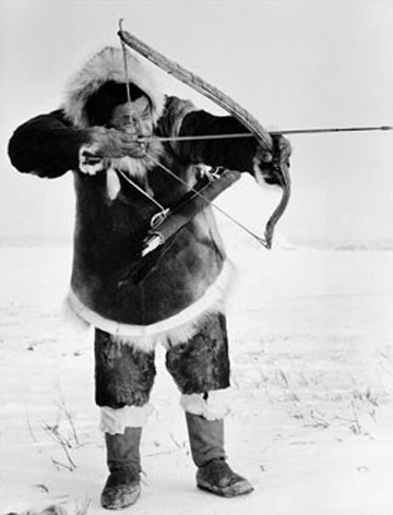 Pictures of Inuit Indians Food http://firstpeoplesofcanada.com/fp_groups/fp_inuit3.html